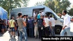 Podeljena pomoć iz BiH izbeglicama u Beogradu