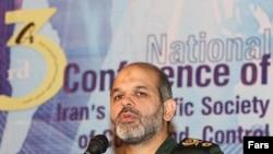 احمد وحيدی، وزير دفاع ايران