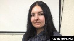 Айгөл Әхмәтова