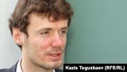 Your Vision блог-платформасының негізін қалаушы Станислав Игнатов. Алматы, 14 маусым 2012 жыл.