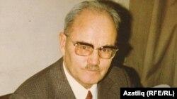Әхмәт Тимер (1912-2003)