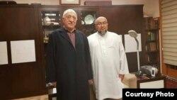 Чубак ажы Жалилов с Фетхуллахом Гюленом.