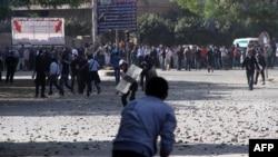 Вчерашните судири на полицијата со демонстрантите