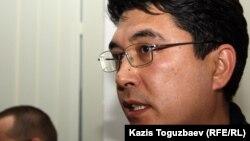 Қазақстан сыртқы істер министрлігінің ресми өкілі Алтай Абибуллаев. Ақтау, 20 желтоқсан 2011 жыл.