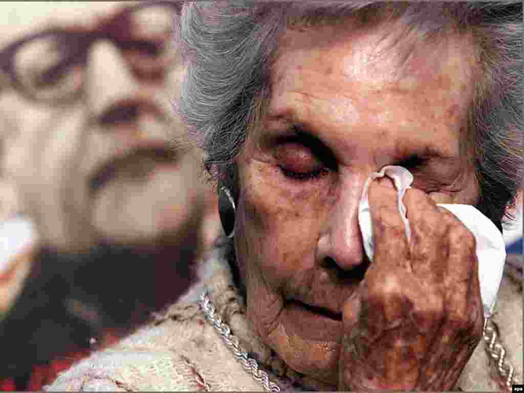 Вдова первого социалистического президента Чили Сальвадора Альенде Ортенсия Бусси скончалась в возрасте 94 лет