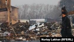 "Последствия пожара на рынке ""Олжа"" в Алматы. 5 марта 2014 года."
