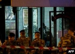 Poliția franceză în acțiune