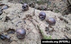Чарапы — амаль каля кожнага раскопу