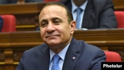 Armenia - Prime Minister Hovik Abrahamian attends a parliament session, Yerevan, 4Feb2015.