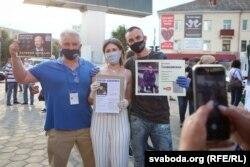 Актывісты збору подпісаў у Бабруйску, 15 чэрвеня 2020 году