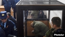 Վալերի Պերմյակովը դատարանի դահլիճում, Գյումրի, 18-ը դեկտեմբերի, 2015թ.
