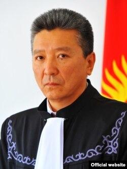 Эмиль Осконбаев.