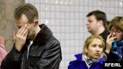 Волнение и страх за свою жизнь у москвичей, которые ездят в метро и в наземном общественном транспорте, может длиться до трех дней