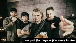 Лявон Вольскі з музычным складам