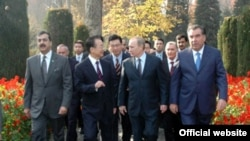Shangai Cooperation Organization member states' prime ministers were gathered in the Tajik capital for the summit.