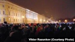 Петербург, вечер 1 ноября, минута молчания по жертвам авиакатастрофы в Египте