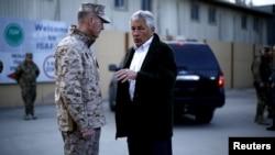 Чак Хейгел и командующий силами международной коалиции в Афганистане генерал Данфорд