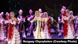 Moscow - culture - chinese kyrgyz - epos Manas - Xinjiang uygur -