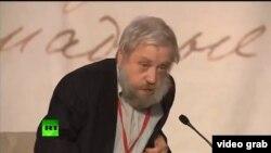 Правнук Достоевского на литературном собрании