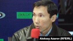 Фильмнің сценарийі авторларының бірі - Мұхамед Мамырбеков. Алматы, 14 қазан 2014 жыл.