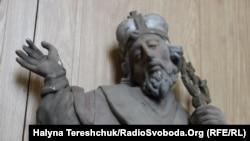 Віднайдена дерев'яна скульптура