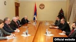 Nagorno-Karabakh - Bako Sahakian (R, C), president of Nagorno Karabakh, meets OSCE Minsk Group co-chairs, Stepanakert,17Dec2013.