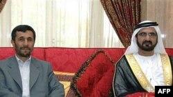 شیخ محمد بن رشید آل مکتوم، نخست وزیر امارات متحده عربی و امیر دوبی همراه با محمود احمدی نژاد، رییس جمهوری ایران/ ۱۴ مه ۲۰۰۷.