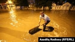 Azerbaijan -- Baku. After rain in Baku, 6 October 2015