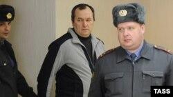 Задержанный за взятку высокопоставленный чиновник министерства обороны