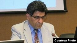 نقش شبکههای اجتماعی در ناآرامیهای ایران در گفتوگو با مهرداد درویشپور