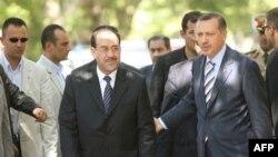 رئيس الوزراء التركي رجب طيب إردوغان يستقبل نظيره العراقي نوري المالكي في أنقرة 7 آب 2007