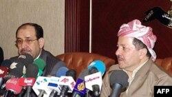 رئيس الوزراء نوري المالكي ورئيس إقليم كردستان العراق مسعود بارزاني في أربيل عام 2007
