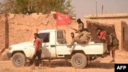 Члены вооруженных отрядов сирийской оппозиции перед операцией по установлению контроля над городом Дабик