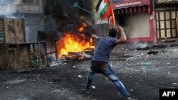 به گزارش خبرگزاری رویترز در مجموع طی ۱۲ روز گذشته، با اوج گرفتن دور تازه از تنشها، ۲۲ فلسطینی و ۴ اسرائیلی کشته شدهاند