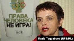 «Ассанди-Таймс» газетінің өкілі Оксана Макушина. Алматы, 24 сәуір 2014 жыл.