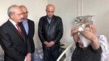 Türk prezidenti Rejep Taýyp Erdoganyň hökümetini tankytlaýan žurnalist telegepleşige gatnaşanyndan gysga wagt soň urlup-ýenildi we hassahana ýerleşdirildi.