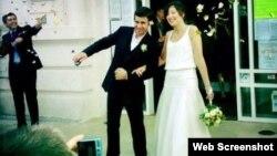Кетрин Реј и нејзиниот сопруг Томас Барос Тастетс.
