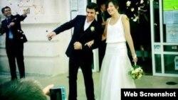 Жас жұбайлар Кэтрин Рэй мен Томас Баррос-Тастетс үйлену тойында. 19 қазан 2013 жыл.