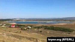 Обмелевшее Тайганское водохранилище в Белогорском районе Крыма, 14 сентября 2020 года