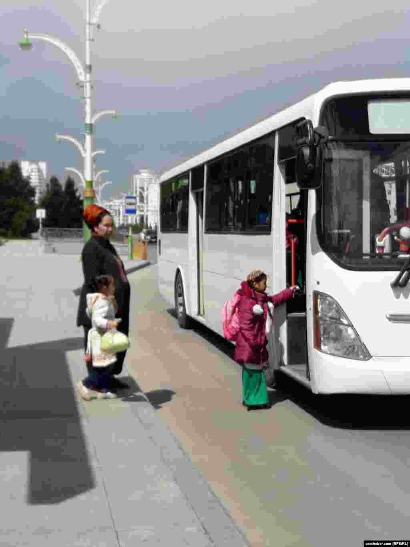 Общественный транспорт Ашхабада