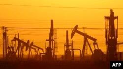 В США возобновился рост количества действующих нефтяных скважин.