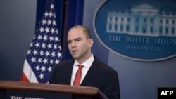Заместитель советника президента США по национальной безопаности Бен Родс