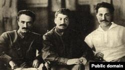 Soviet leaders Joseph Stalin (C), Anastas Mikoyan (L) and Sergo Orjonikidze pose for a photograph in Tbilisi in 1925.