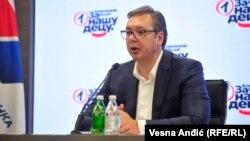 Aleksandar Vučić u sedištu svoje Srpske napredne stranke, 20. oktobar 2020. godine.