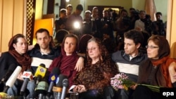The detained Americans were briefly reunited with their mothers in Tehran last week.