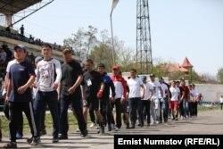 Представители «Мухаммед-Умара» и других спортивных клубов на турнире в Оше.