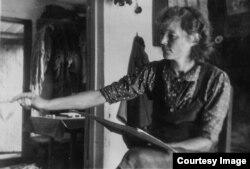 Ирма Геккер. 1955. Үй-бүлөлүк архивден.