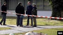 Bakıdakı Neft Akademiyasındakı qətliama bənzər hadisə martın 11-də Almaniyanın Ştutqart şəhəri yaxınlığında baş verib