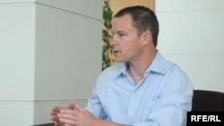 Sosial media üzrə amerikalı mütəxəssis Mark Briggs