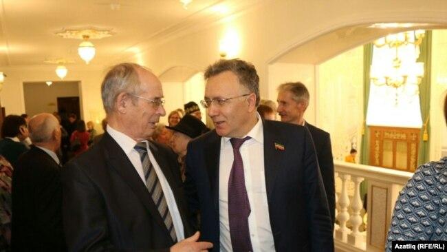 Галим Хатип Миңгегулов (с) һәм ТНВ җитәкчесе Илшат Әминов